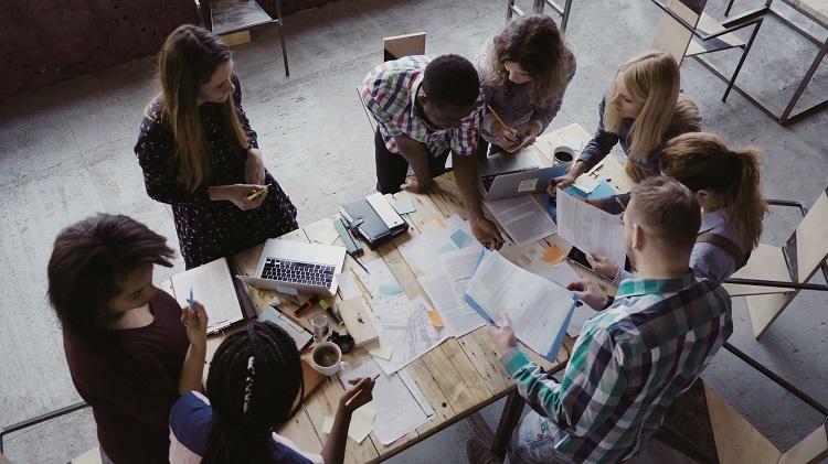Ce que les milléniaux veulent? Des entreprises plus socialementresponsables!